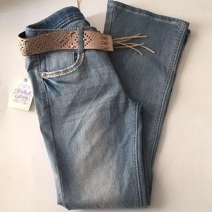 *NWT* Girls Bootcut Belted Jeans
